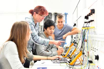 Elektrotechnik Studium mit Bachelor of Engineering B. Eng.
